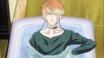 Shu's in the tub again... - -