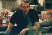 DHS- Michael (Tom Sizemore) in Heat (1995)