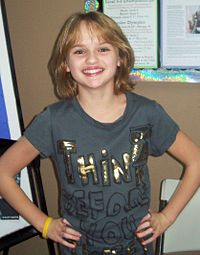 DHS- Joey King