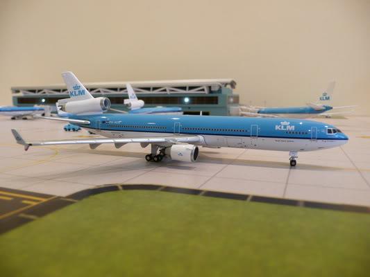 File:Airport.jpg