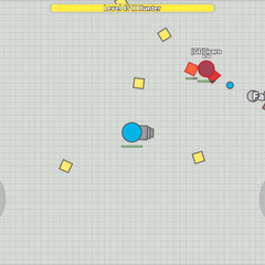 <b>Fallen Booster</b> atacando a un jugador azul en la versión movil