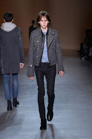 FW15-Milan-Mens-Black-Gold-catwalk-10