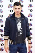 Joe-Jonas-BBC-2