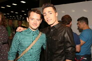 Colton+Haynes+Warner+Bros+Comic+Con+International+N qRMyI mclx