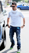 Joe-Jonas-Mosley-Tribe-Sunglasses-All-Saints-Sweatshirt-Diesel-Jeans-Nike-Blazer-SP-Sneakers-3