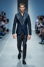 SS13-Milan-Mens-Black-Gold-catwalk-38