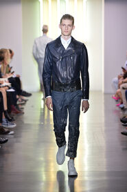SS14-Milan-Mens-Black-Gold-catwalk-07