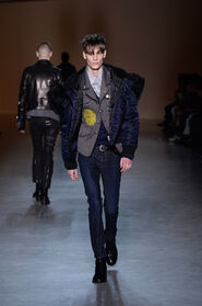 FW15-Milan-Mens-Black-Gold-catwalk-27