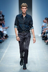 SS13-Milan-Mens-Black-Gold-catwalk-30