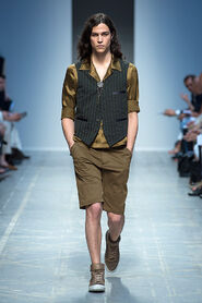 SS13-Milan-Mens-Black-Gold-catwalk-02