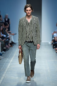 SS13-Milan-Mens-Black-Gold-catwalk-10
