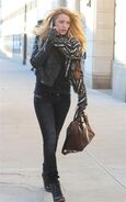 Blake-Lively Grupee-L-Sienna-Jacket-Medium