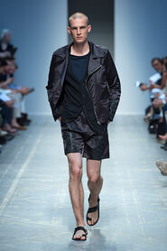 SS13-Milan-Mens-Black-Gold-catwalk-26