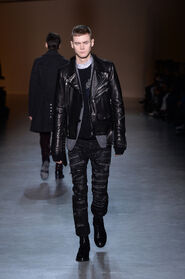 FW15-Milan-Mens-Black-Gold-catwalk-26