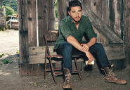 Shia sitting folding chair hss