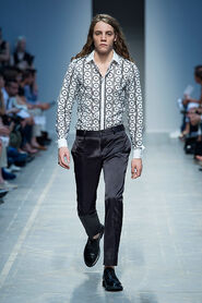 SS13-Milan-Mens-Black-Gold-catwalk-31