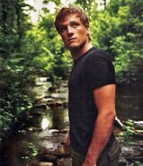 Josh-hutcherson-playing-peeta-mellark-the-hunger-games-drives-me-crazy