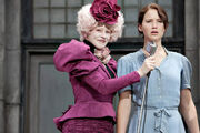 Katniss-everdeen-und-effie-trinket-600x400-143807