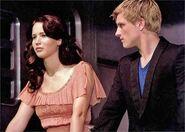 313px-KatnissPeeta12 (2)