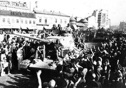 Red Army greeted in Bucharest