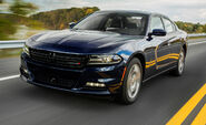 2015-dodge-charger-v-6-first-drive-review-car-and-driver-photo-640298-s-original