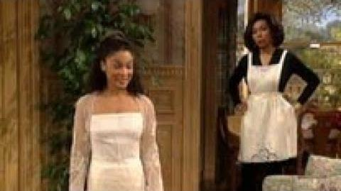 A Different World 6x10 - Marion and Adele clash over Thanksgiving preparations