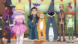 8-04 Group Halloween Costumes