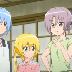 Hayate listening to Chiharu's proposal of throwing Ayumu a surprise birthday party