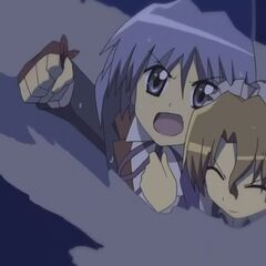 Hayate trying to save Maria from the flooded boiler room