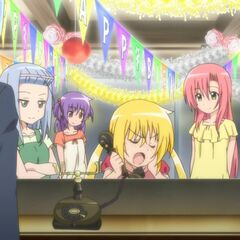 Hayate with the others as Nagi calls Ayumu back to the Cafe