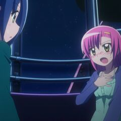 Hinagiku revealing her fear of heights to Ayumu