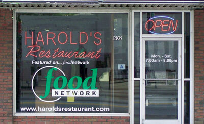 Harolds-restaurant-01