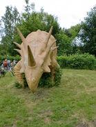 Dino Attrappe im Spreepark Berlin