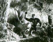 King-Kong-Stegosaurus1-1000x799