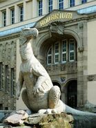 Zoo Berlin Aquarium Iguanodon