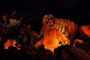 UOE stegosaurus vs allosaurus