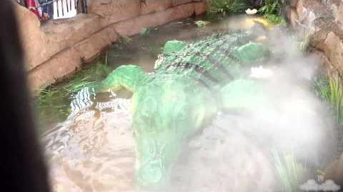 Rainforest Cafe - Crocodile - Disneyland Paris 60FPS