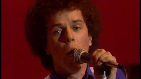 Leo Sayer - You make me feel like dancing (1976)