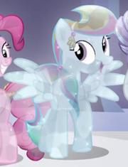 190px-Rainbow Dash Crystal Pony ID S3E02