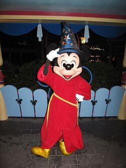 Sorcerer Mickey HKDL