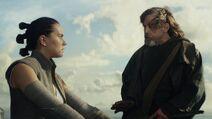 Last-jedi-rey-luke-skywalker-ahch-to