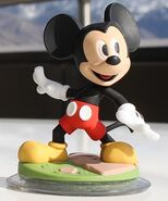 MickeyMouseFigure