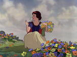 Snow-white-disneyscreencaps.com-704