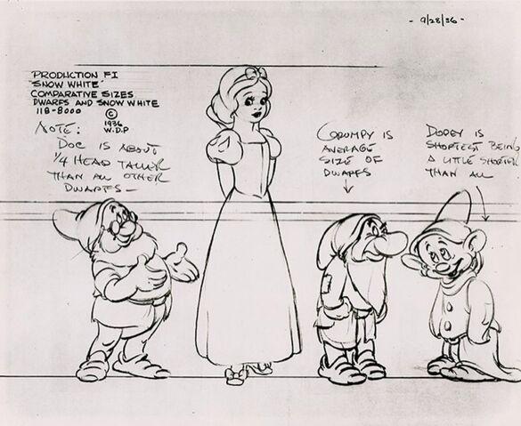 File:Snow white line up.jpg