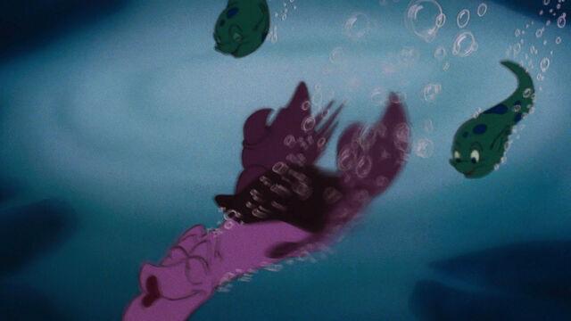 File:Little-mermaid-1080p-disneyscreencaps.com-7262.jpg