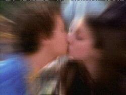 Louis & Tawny Kiss