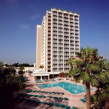 the royal plaza is a 394 room resort on the property of walt disney world in lake buena vista florida it is located near the downtown disney area on hotel