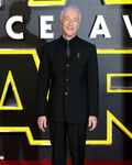 Anthony Daniels SW Force Awakens premiere