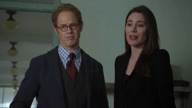 File:Once Upon a Time - 6x21 - The Final Battle Part 1 - Archie and Fiona 2.jpg