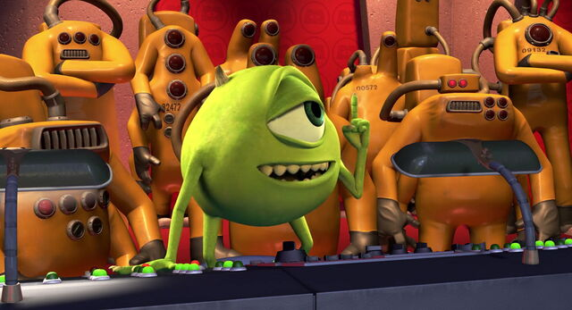 File:Mike Wazowski in front of the CDA.jpg